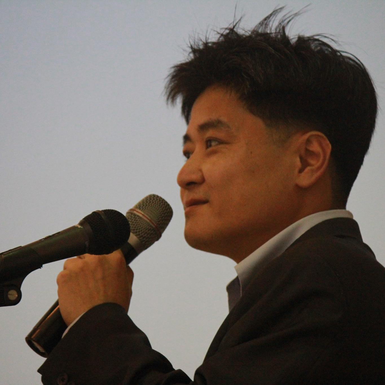 Hongsuk Ahn
